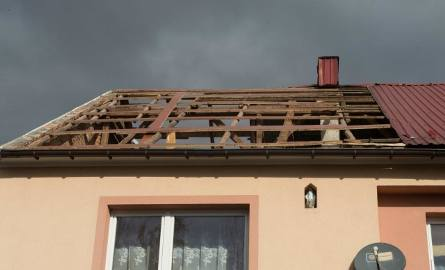 Powiat bocheński. Wielka wichura pozrywała dachy [ZDJĘCIA, WIDEO]