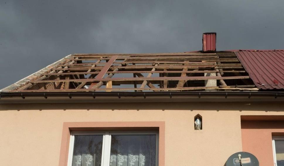 Film do artykułu: Powiat bocheński. Wielka wichura pozrywała dachy [ZDJĘCIA, WIDEO]