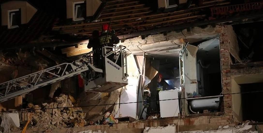 Wybuch gazu w mieszkaniu na Niebuszewie spowodował wielkie szkody. Ewakuowano mieszkańców budynku, jedna osoba została ciężko ranna.