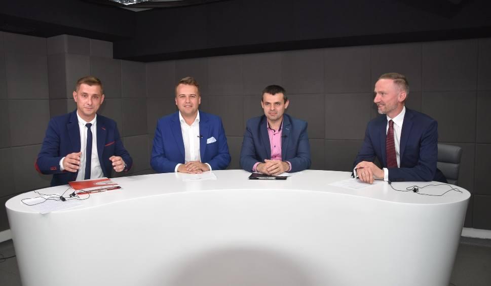 Film do artykułu: Jaka przyszłość Starachowic? Zobacz debatę kandydatów do fotela prezydenta Starachowic