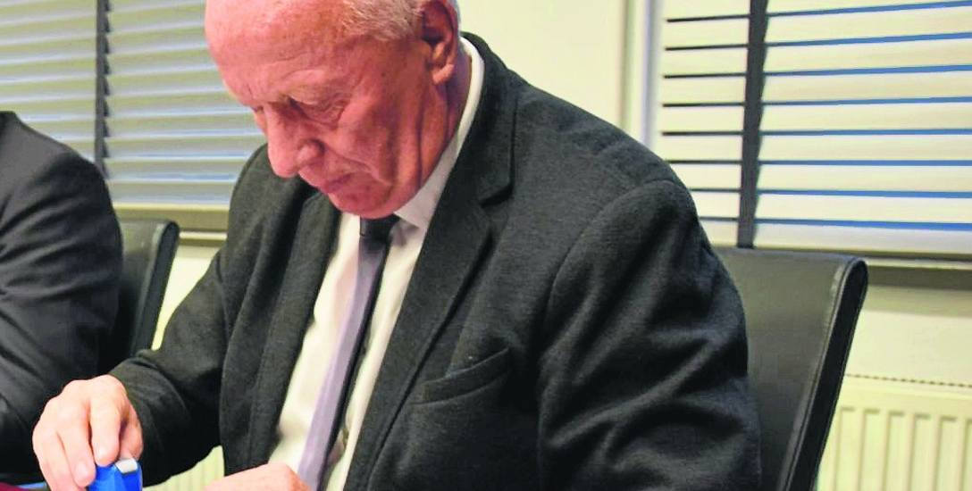 Zenon Maksalon zapewnia, że firmie, którą interesuje się CBA, nie umarzał żadnych należności