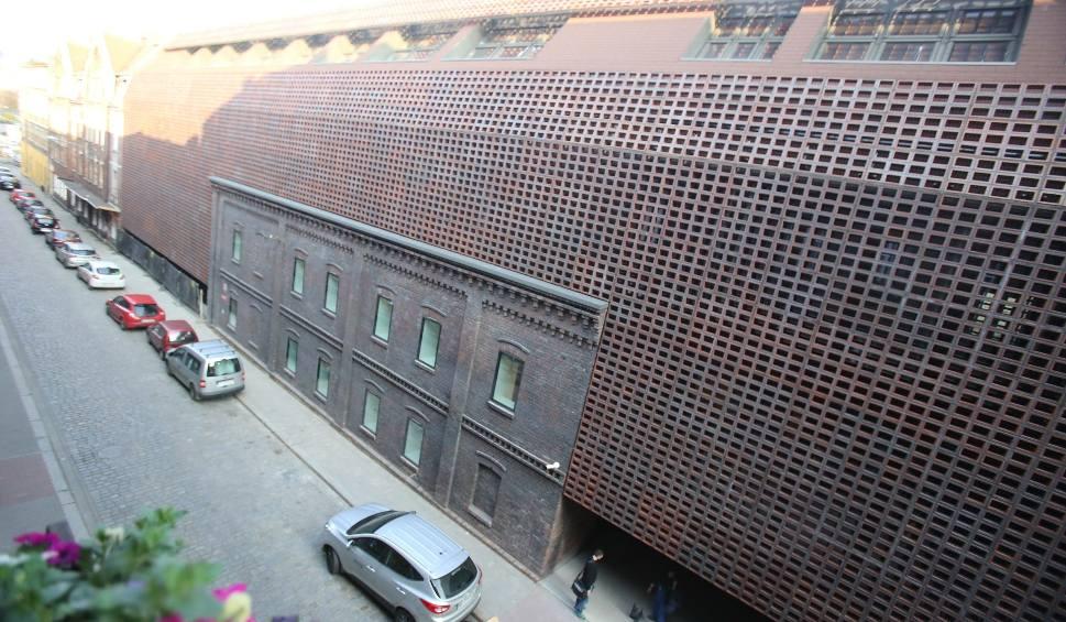 Film do artykułu: Mies van der Rohe Award 2019: Wydział Radia i Telewizji w Katowicach dostanie najważniejszą nagrodę w Europie w dziedzinie architektury?