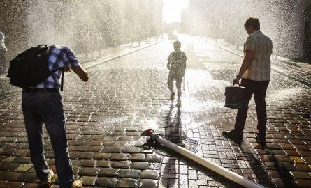 Na upały najlepsze w mieście są kurtyny wodne