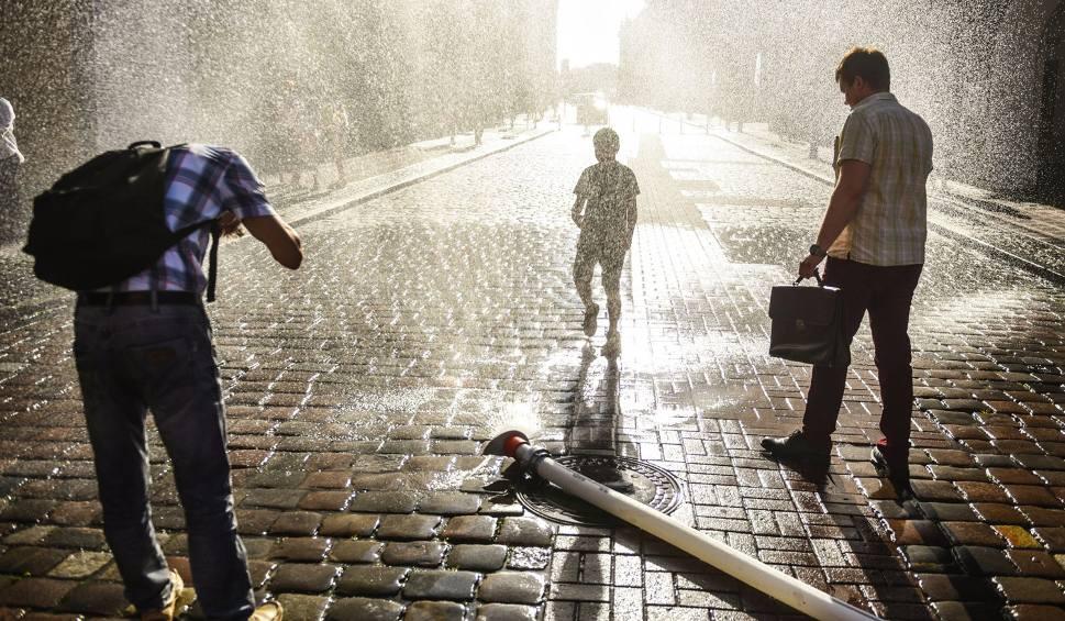Film do artykułu: Upał! Dzisiaj najgorętszy dzień roku! Będzie 33 st. C. Mierzymy temperaturę