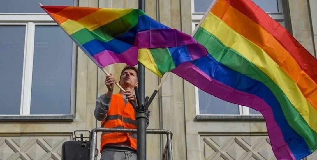 W Szczecinie mogą zawisnąć tęczowe flagi. Dobry pomysł?