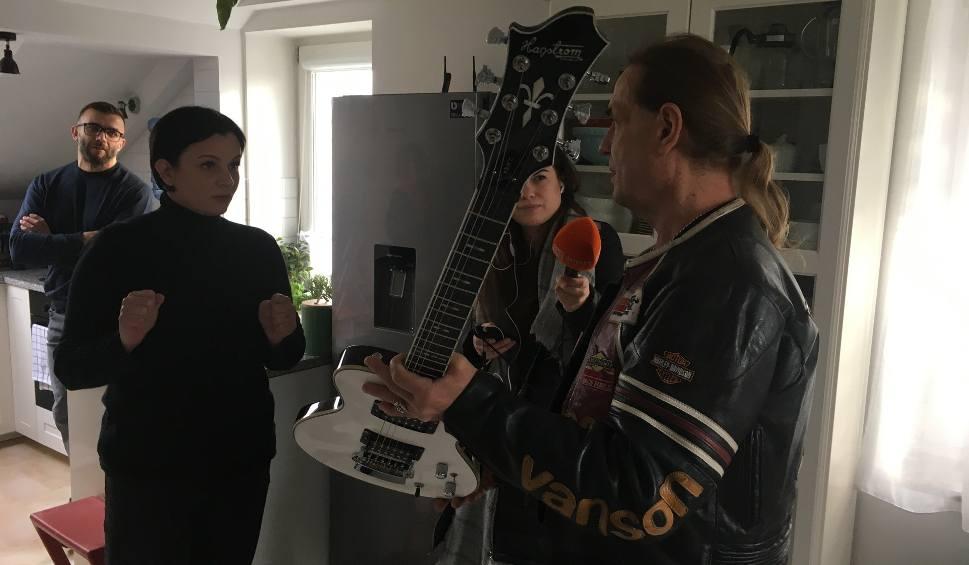 Film do artykułu: Andrzej Nowak, założyciel grup TSA i Złe Psy, przekazał na licytacje dwie gitary. Rekord: biała gitara wylicytowana za 66 tys. złotych!