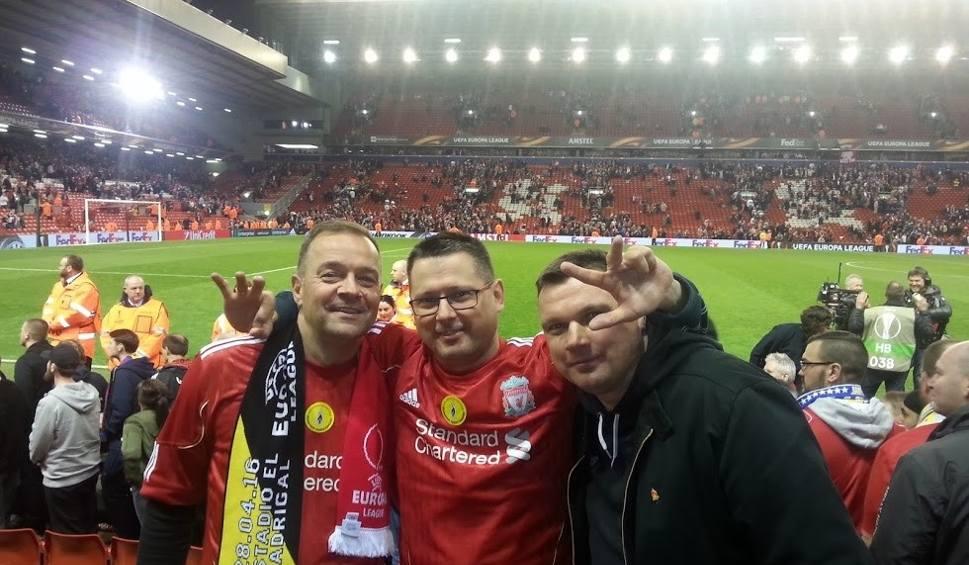 Film do artykułu: Finał Ligi Mistrzów: Poznański fan Liverpoolu pojechał na mecz z Realem Madryt do Kijowa. Podróż zajęła mu 35 godzin!