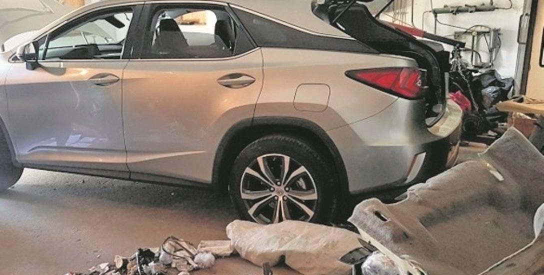 Zdaniem policjantów sprawcy mają na koncie kradzież innych pojazdów, w tym odnalezionego w garażu kosztownego lexusa
