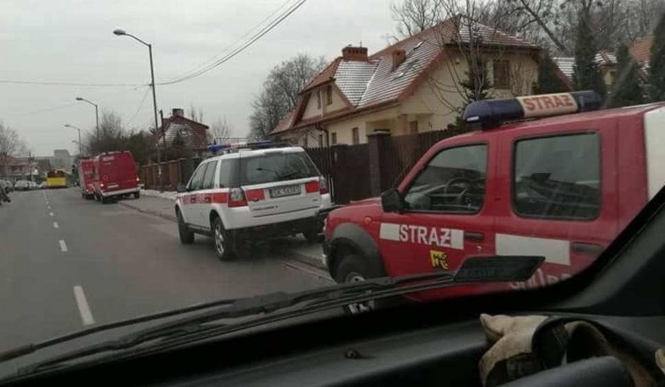 Film do artykułu: Katowice: Zatrucie na basenie w szkole podstawowej w Giszowcu. 16 dzieci trafiło do szpitala. Prawdopodobnie zatruły się chlorem