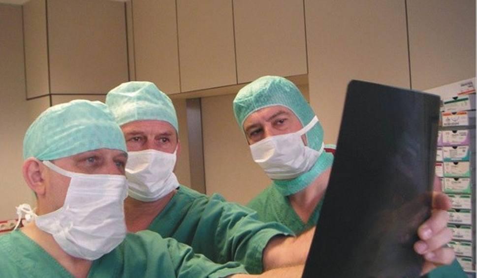 Film do artykułu: Implant jak zęby rekina. Pomoże uratować kręgosłupy milionów chorych