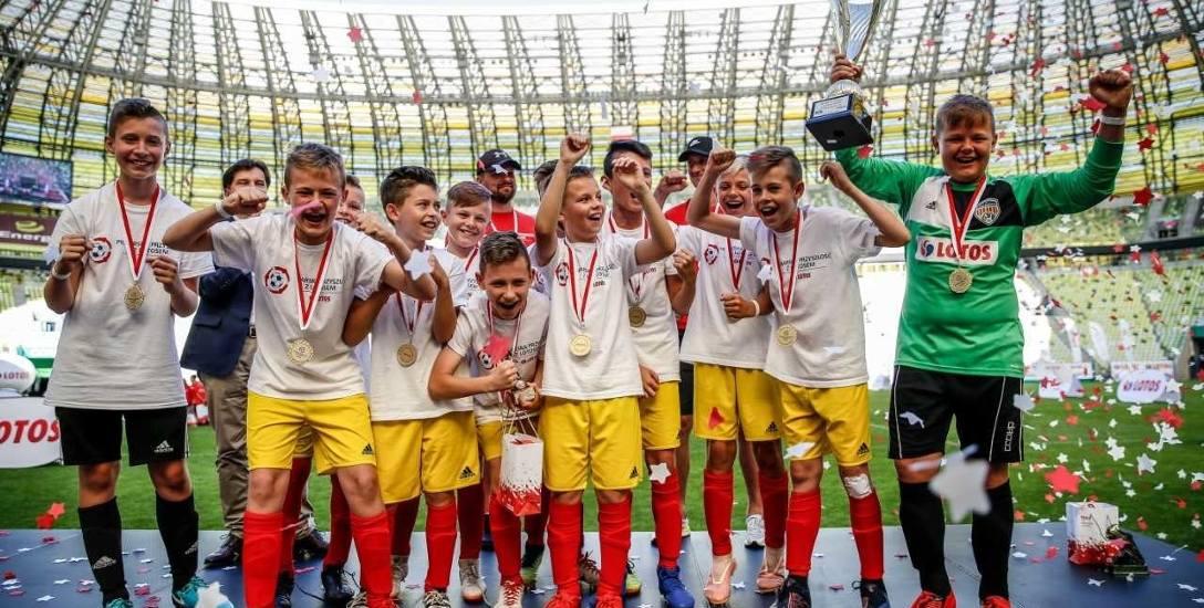 Radość białostockich piłkarzy ze zwycięstwa była na Stadionie Energa Gdańsk wprost nie do okiełznania