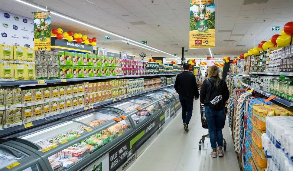 Film do artykułu: Salmonella wykryta w produkcie Biedronki! Wycofano go ze sprzedaży!