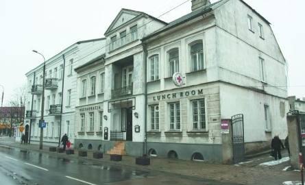 Zarówno dom przy Złotej, jak i kamienica przy Warszawskiej (na zdjęciu) mogą teraz liczyć na pieniądze na remonty i konserwację z funduszy miejskich