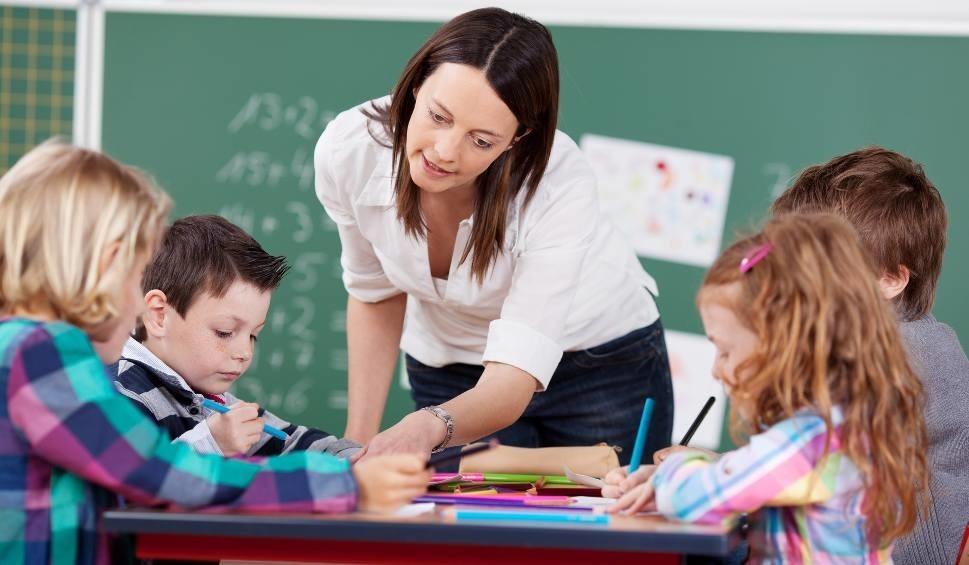 Podwyżka Dla Nauczycieli. Ile Będą Zarabiać