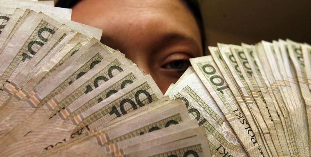 Fałszerze pieniędzy działali również w Białymstoku. Pieniądze najlepiej robiło się na... pieniądzach