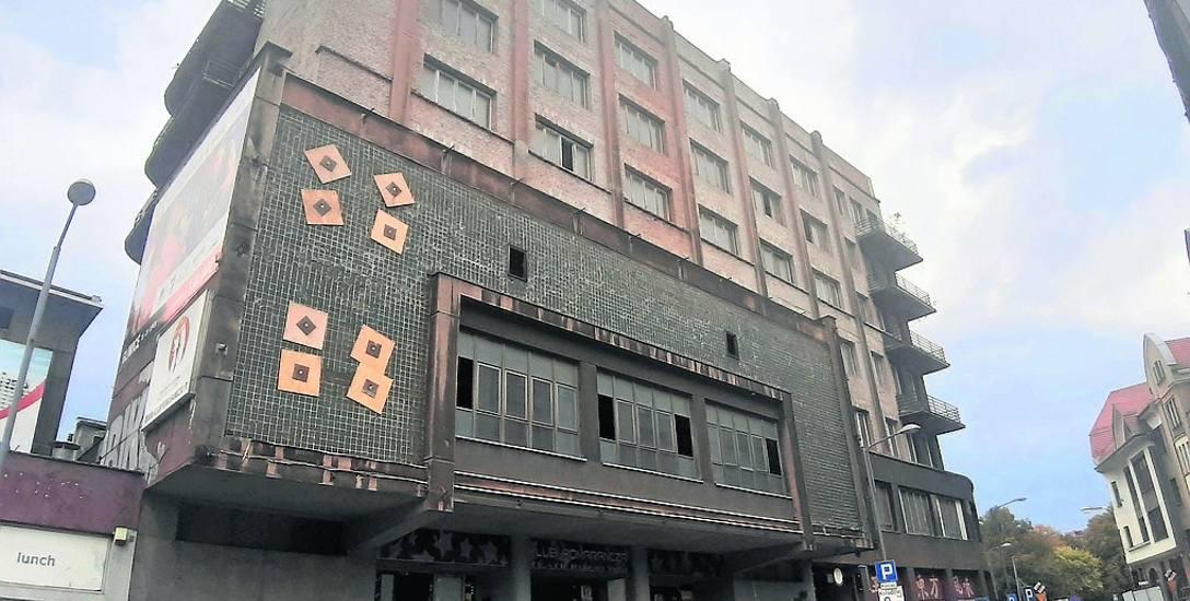 Dom Powstańca Śląskiego, czyli do niedawna siedziba klubu Pomarańcza, jest w remoncie