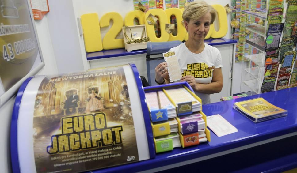Film do artykułu: Eurojackpot. Znów są kolejne wygrane w Polsce [wyniki z 19 października 2018]