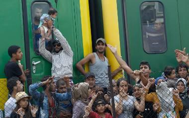 ONZ: Żeby zażegnać kryzys, UE musi przyjąć 200 tys. uchodźców