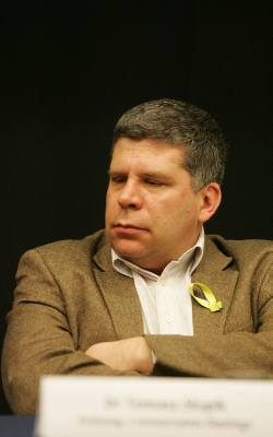 Rozmowa z dr. Tomaszem Słupikiem, politologiem z Uniwersytetu ŚląskiegoSkąd tyle krzyku wśród prawicowych publicystów i polityków na  temat malutkiego