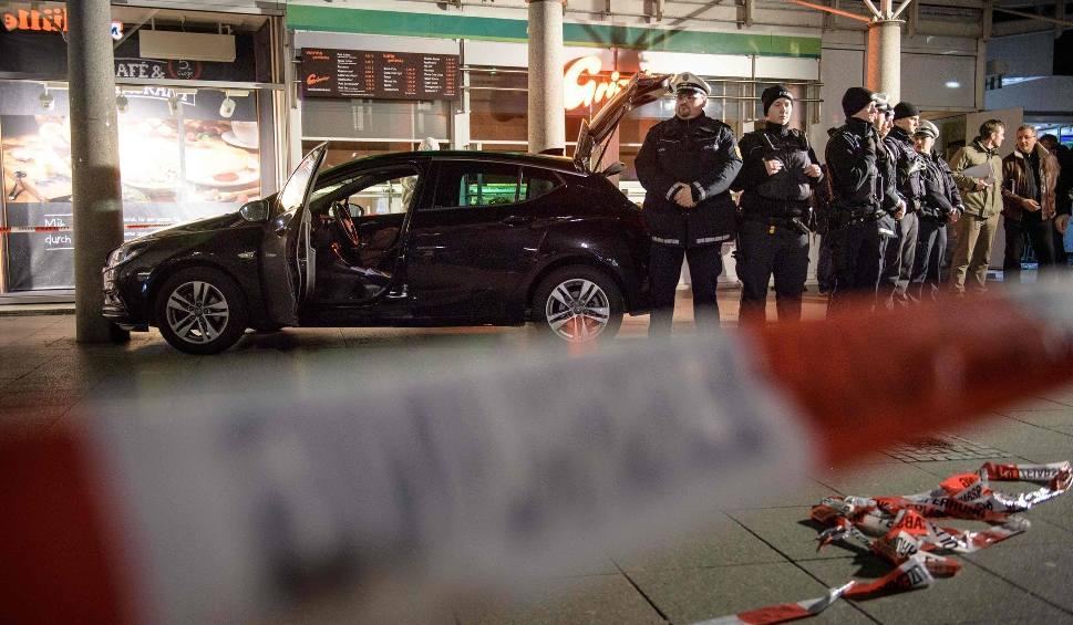 Film do artykułu: Niemcy: Atak w Heidelbergu. Kierowca samochodu z zarzutem zabójstwa