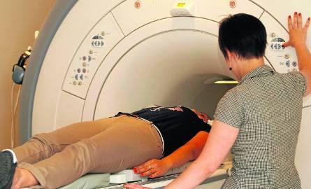 Pacjentów chorych na nowotwory w Polsce przybywa. Pakiet onkologiczny wymagał zmian