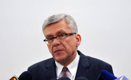 Stanisław KarczewskiPolityk Prawa i Sprawiedliwości,  z wykształcenia lekarz. Od 2015 jest marszałkiem Senatu.