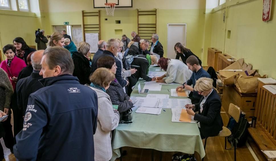 Film do artykułu: Wybory samorządowe 2018. Jest zapowiedź pierwszego protestu wyborczego w Krakowie. Pomylono głosy?