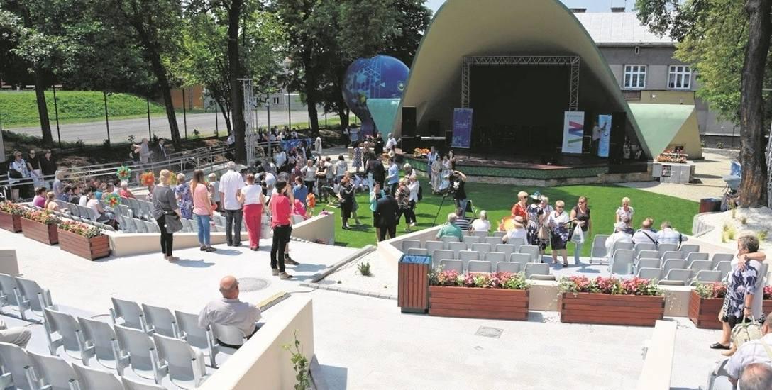 Amfiteatr przy ul. Kopernika w Tarnowie jest jedną z inwestycji, którą w ostatnim czasie zrealizowano w mieście. W obiekcie odbywają się imprezy, w których