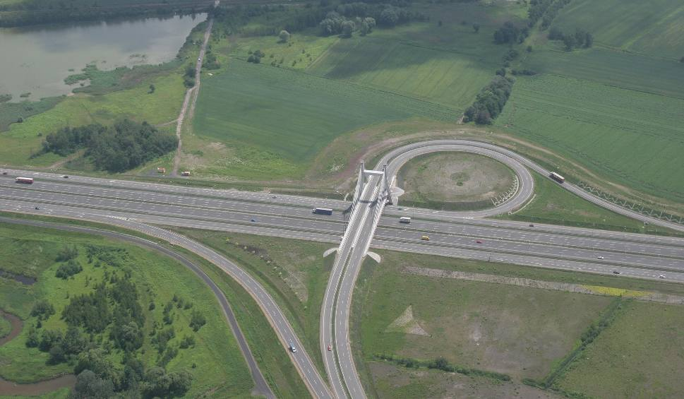 Film do artykułu: Na początku czerwca 2012 roku otwarto autostrdadę A1 między Piekarami i Zabrzem. Drogowcy walczyli z czasem, by zdążyć przed Euro 2012