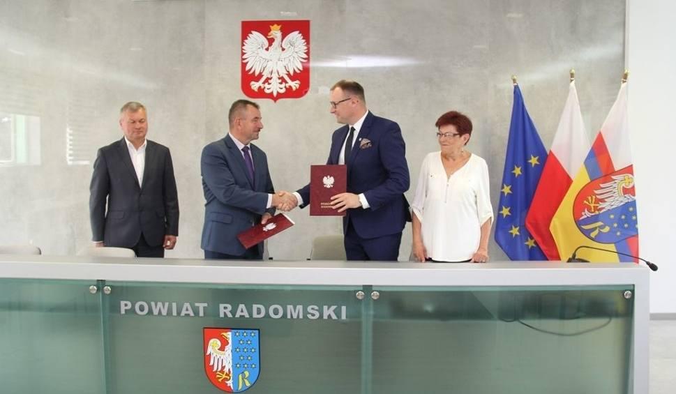 Film do artykułu: Gmina Jedlińsk poprowadzi nową szkołę branżową. Będą ciekawe kierunki