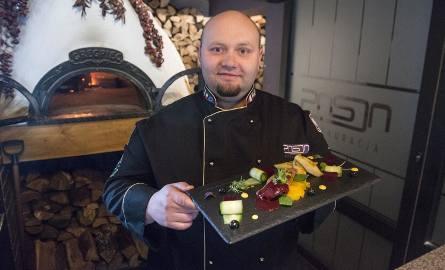 Maciej Montelatic, szef kuchni i właściciel restauracji Pasja zaprasza na otwarcie kuchni open, w piątek, 6 stycznia.