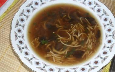 Zupa grzybowa wigilijna postna.