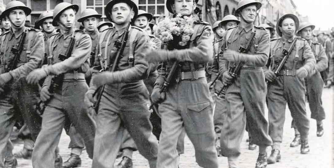 Pod koniec II wojny światowej Polskie Siły Zbrojne na Zachodzie liczyły około 240 tys