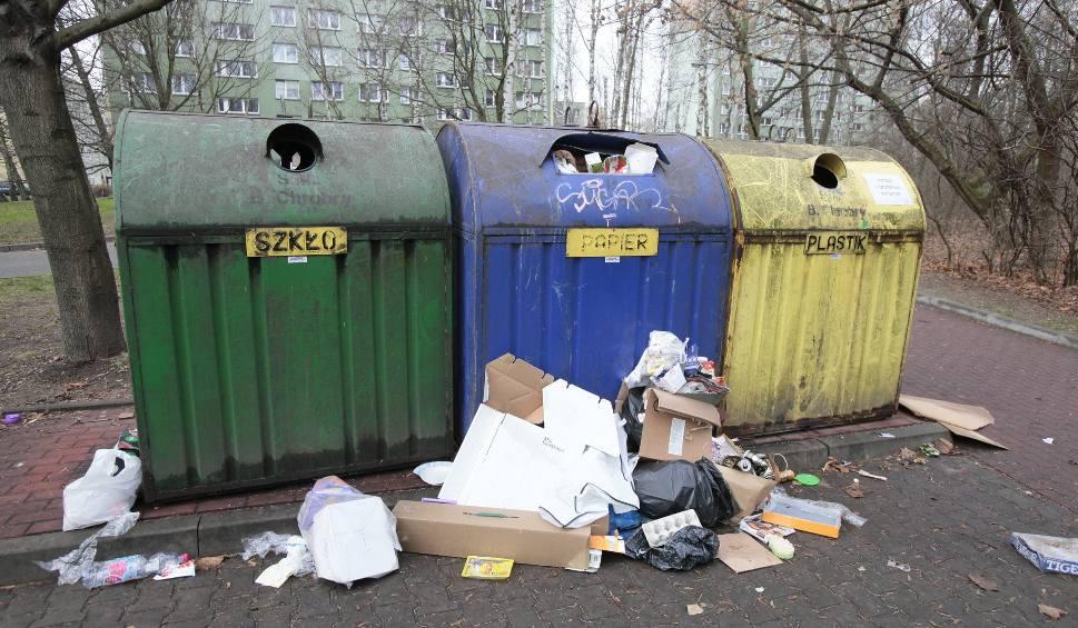 Film do artykułu: Kary za niesegregowanie śmieci od stycznia 2020. Tymczasem obowiązkowa segregacja odpadów w Łodzi sprawia kłopoty mieszkańcom 15.12.2019