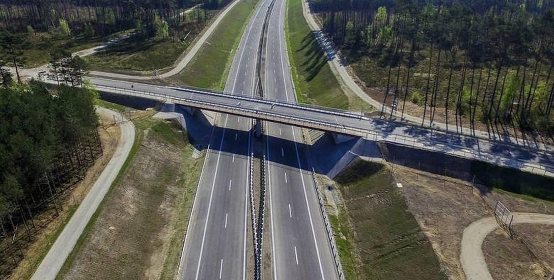 Obecnie kierowcy mają do dyspozycji ponad 120 km drogi ekspresowej S11, kolejne 32 km są w budowie.