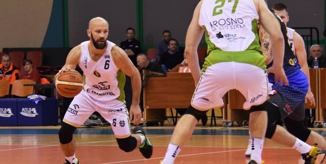 - Nie wiem czy gdzieś zagram, ale jeśli zagram, to w Krośnie - mówi Dariusz Oczkowicz
