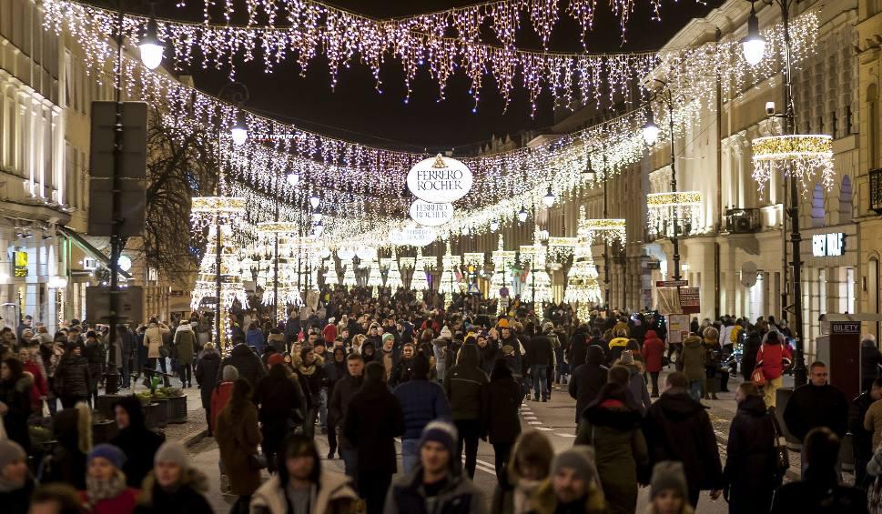 Film do artykułu: Nowy Świat najbardziej prestiżowym adresem w Polsce. Na podium znalazła się jeszcze ulica Marszałkowska i Chmielna. [Galeria]