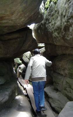 Tajemniczy skalny labirynt nieopodal Kudowy Zdroju intryguje od prawieków