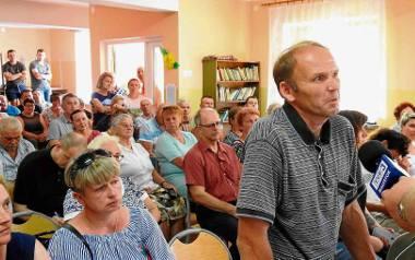 Zebrani w wiejskiej świetlicy w Chytrej mieli wiele obaw i pytań odnośnie budowy spalarni opon. Nie usłyszeli żadnej odpowiedzi