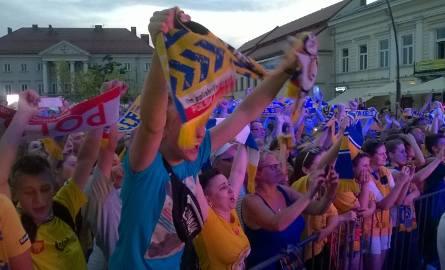 Wielkie świętowanie w Kielcach. Zobacz zdjęcia kibiców