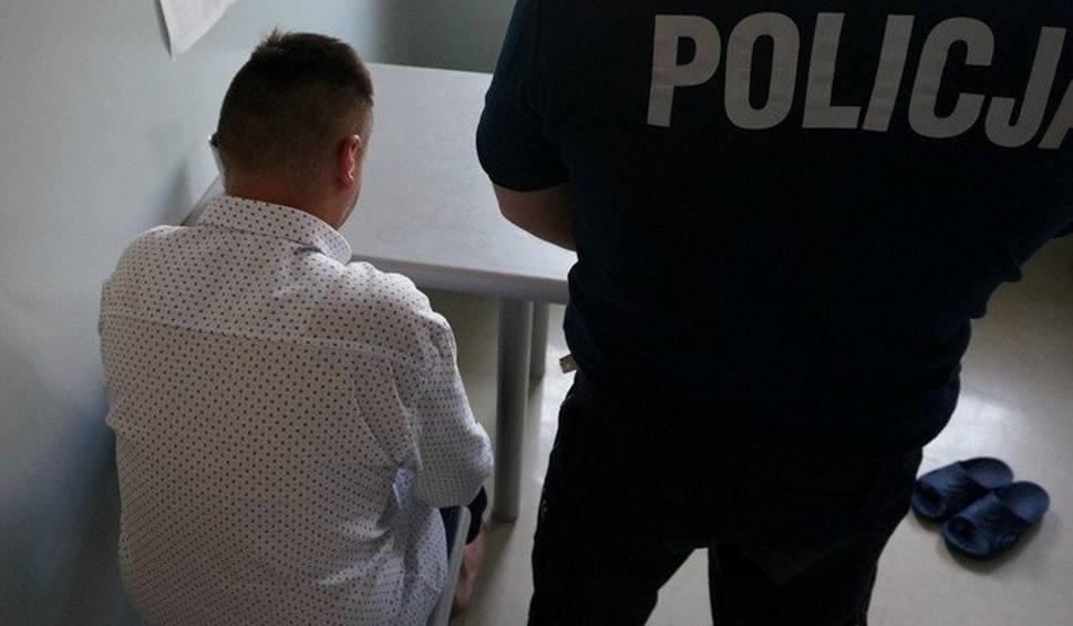 Film do artykułu: Lubliniec: nie przyjęli go do szpitala, więc zadzwonił, że jest w nim bomba. Wpadł już w ręce policji