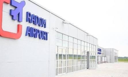 Nowy przetarg na przebudowę pasa startowego na radomskim lotnisku będzie nie w lutym, a dopiero w marcu