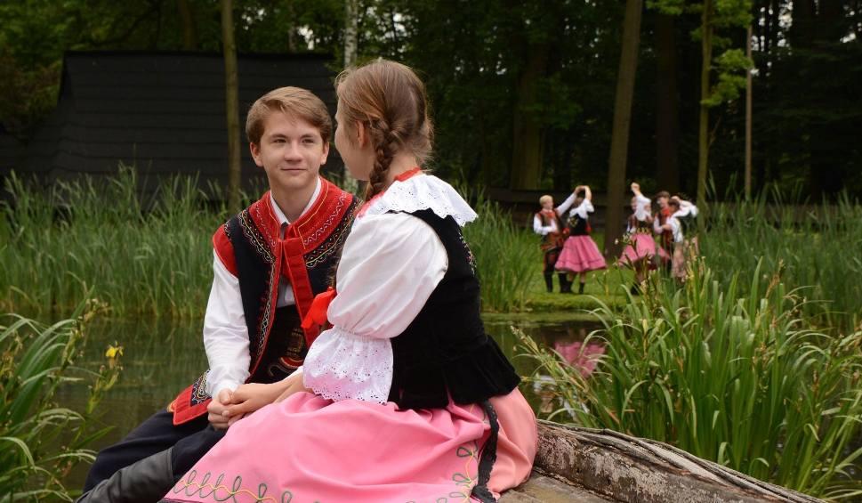 """Film do artykułu: Dziś, w środę, rusza festiwal folkloru na 45 lat """"Przygody"""""""