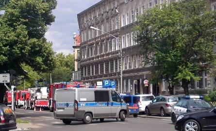 Przy Wielkopolskiej płonął budynek. W akcji wzięło udział pięć jednostek straży
