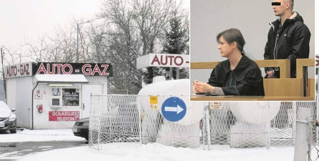 Stacja benzynowa w Chrzanowie, którą oskarżony Rafał S. obrabował z pieniędzy. Sterroryzował jednego pracownika nożem i wymusił oddanie gotówki