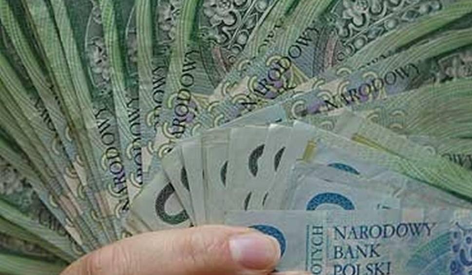 Film do artykułu: Ponad 2 miliony złotych na remonty dla Opactwa Cystersów w Wąchocku