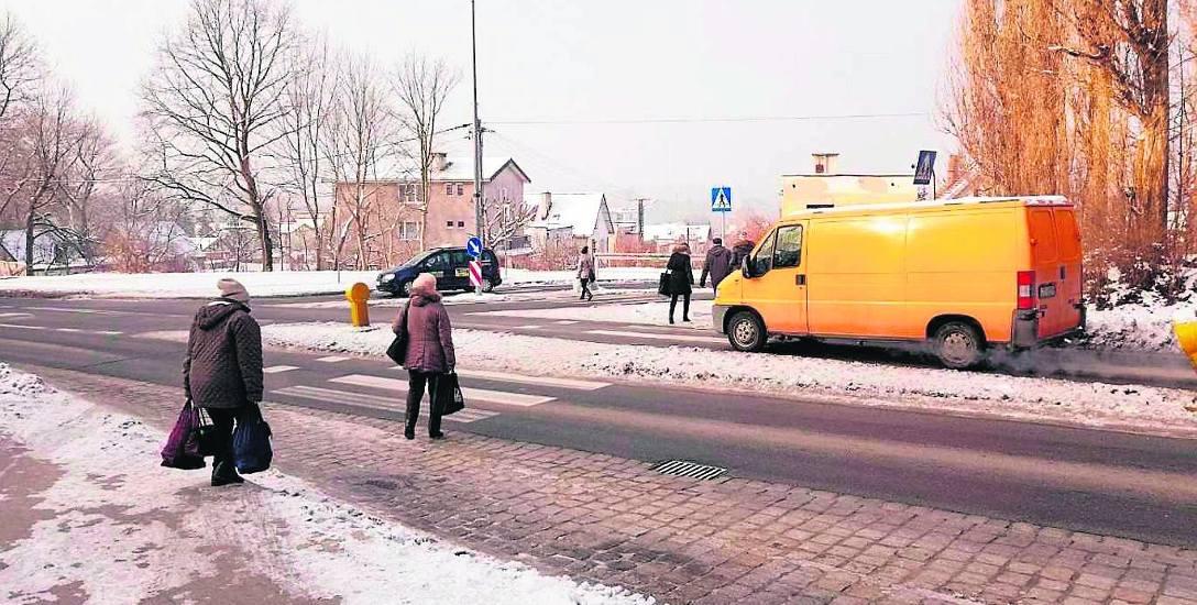 W 1961 roku władze miejskie i powiatowe wystąpiły z wnioskiem o włącznie Ryczewa do granic Słupska. Miejscowość została przyłączono, ale nie wykreślono