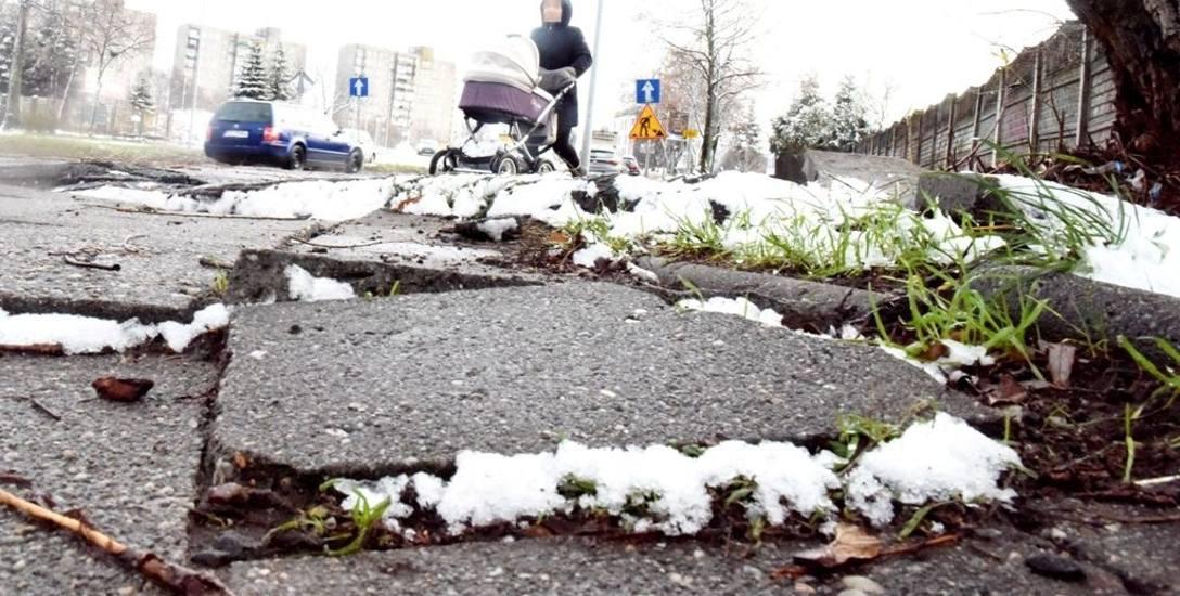 Chodnik na skrzyżowaniu ul. Działkowej i Zjednoczenia w Zielonej Górze aż prosi się o remont