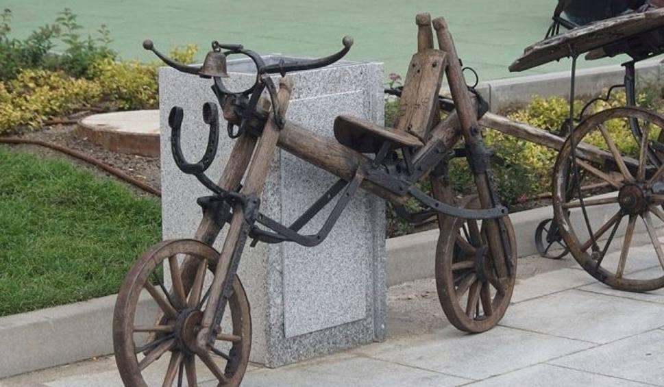 Film do artykułu: WINOBRANIE 2019. Ktoś ukradł teatralny dekoracyjny rower!