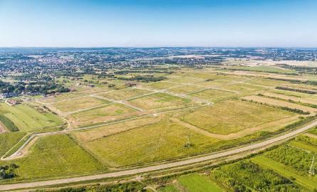 Część Dworzyska należąca do Starostwa Powiatowego w Rzeszowie to 85 ha terenów inwestycyjnych.